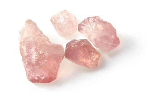 Gemoterapia-las-propiedades-del-cuarzo-rosa-1