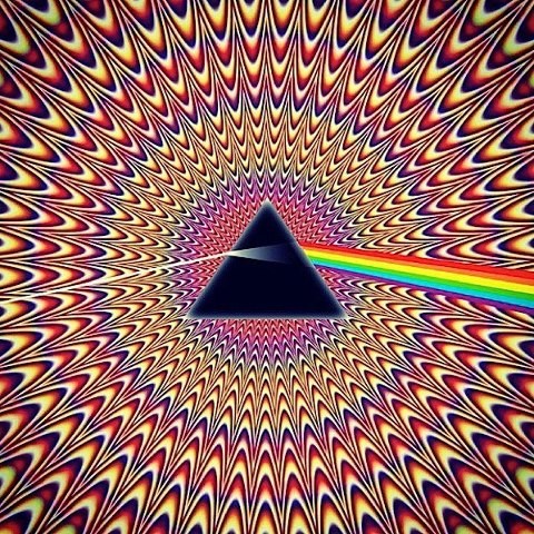 Pyramid-moving-pulse-graphic